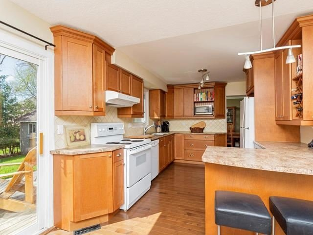 Detached at 29 Law Cres, Richmond Hill, Ontario. Image 19