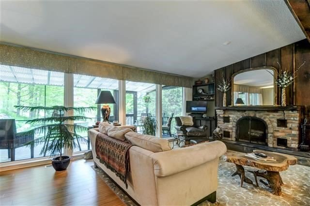 Detached at 5077 Vivian Rd, Whitchurch-Stouffville, Ontario. Image 12