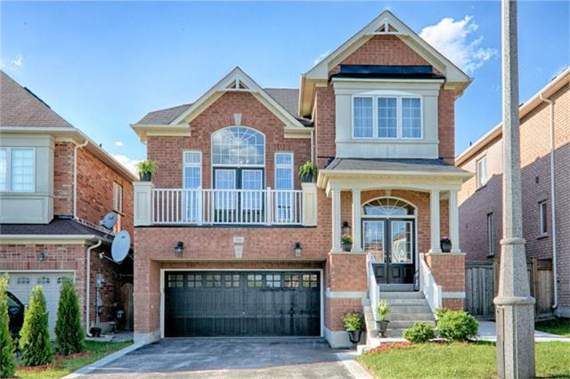 Detached at 94 Hoppington Ave, Whitchurch-Stouffville, Ontario. Image 1