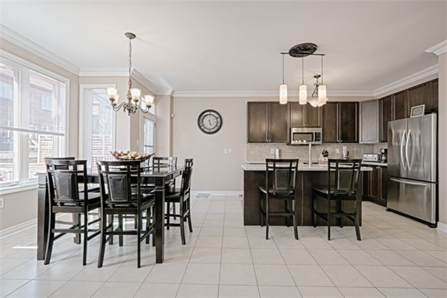Detached at 94 Hoppington Ave, Whitchurch-Stouffville, Ontario. Image 17