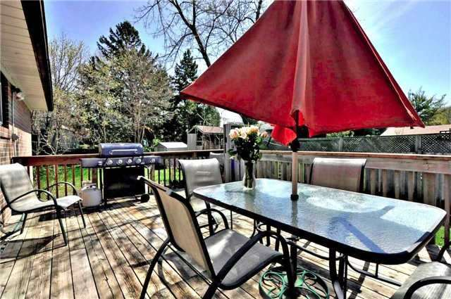 Detached at 79 Alexander Rd, Newmarket, Ontario. Image 7