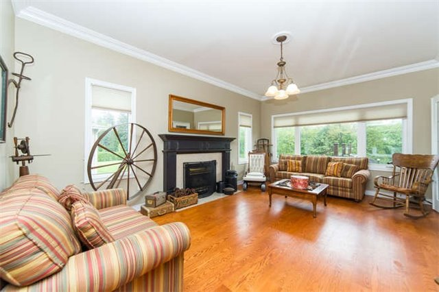 Detached at 36 Campbell Dr, Uxbridge, Ontario. Image 14