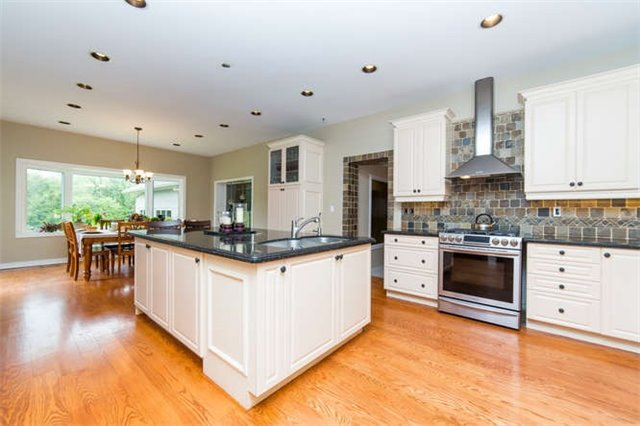 Detached at 36 Campbell Dr, Uxbridge, Ontario. Image 16