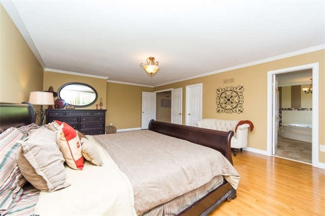 Detached at 36 Campbell Dr, Uxbridge, Ontario. Image 20