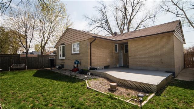 Detached at 271 Sussex Ave, Richmond Hill, Ontario. Image 12