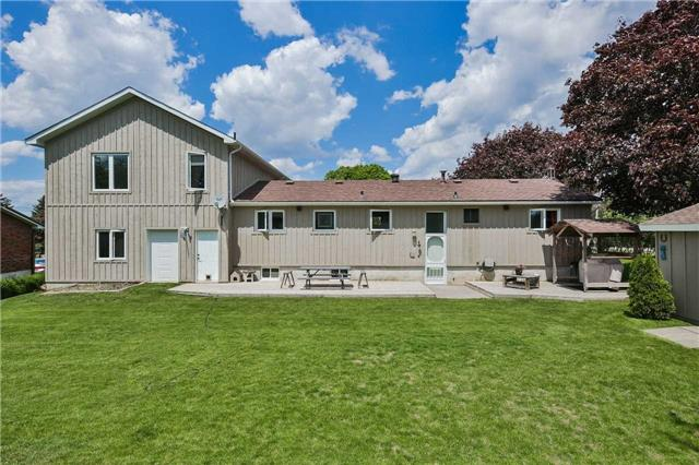 Detached at 2 Cerswell Dr, Bradford West Gwillimbury, Ontario. Image 12