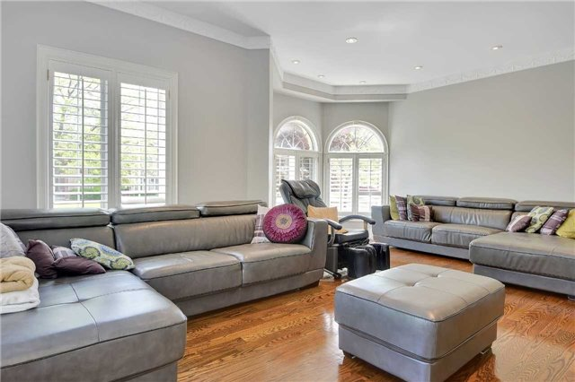 Detached at 1 Langtry Pl, Vaughan, Ontario. Image 13