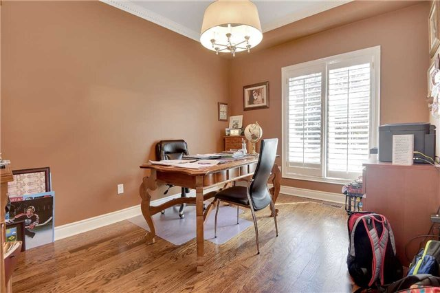 Detached at 1 Langtry Pl, Vaughan, Ontario. Image 16