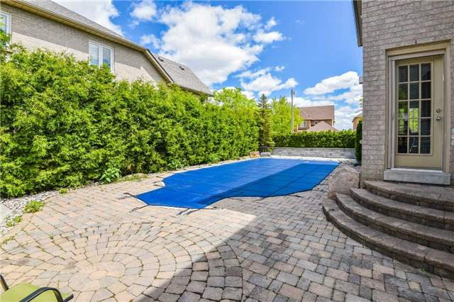 Detached at 1 Langtry Pl, Vaughan, Ontario. Image 6