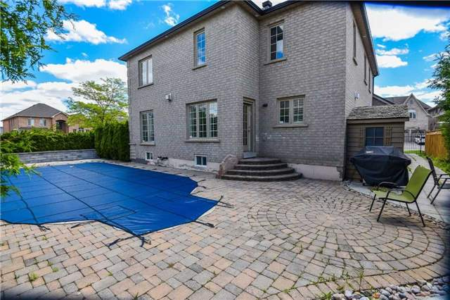Detached at 1 Langtry Pl, Vaughan, Ontario. Image 7