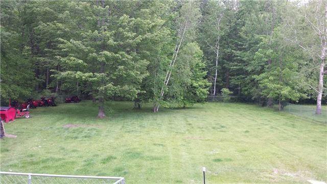 Detached at 20633 Yonge St, East Gwillimbury, Ontario. Image 17