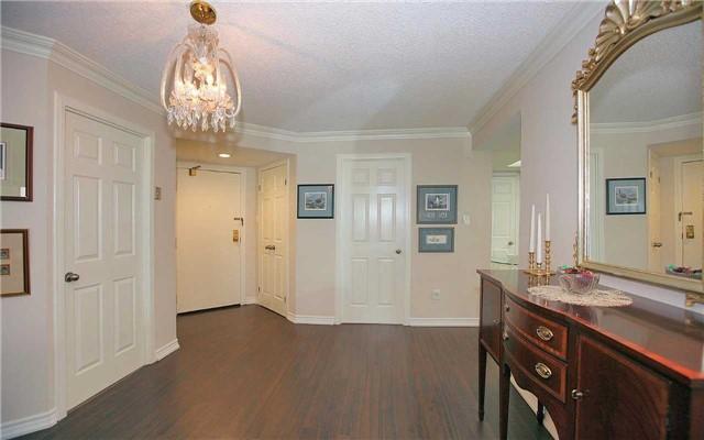 Condo Apartment at 100 Arbors Lane, Unit 401, Vaughan, Ontario. Image 14