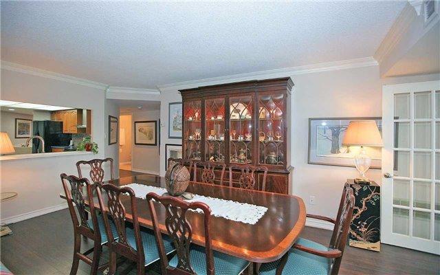Condo Apartment at 100 Arbors Lane, Unit 401, Vaughan, Ontario. Image 18