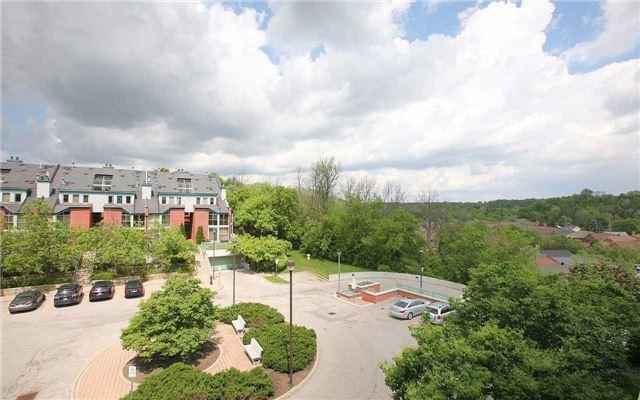 Condo Apartment at 100 Arbors Lane, Unit 401, Vaughan, Ontario. Image 9