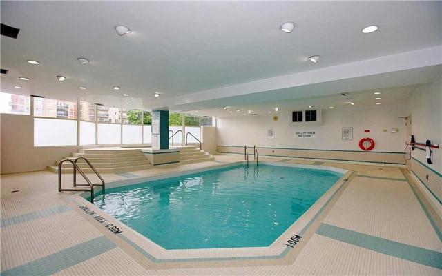 Condo Apartment at 100 Arbors Lane, Unit 401, Vaughan, Ontario. Image 13