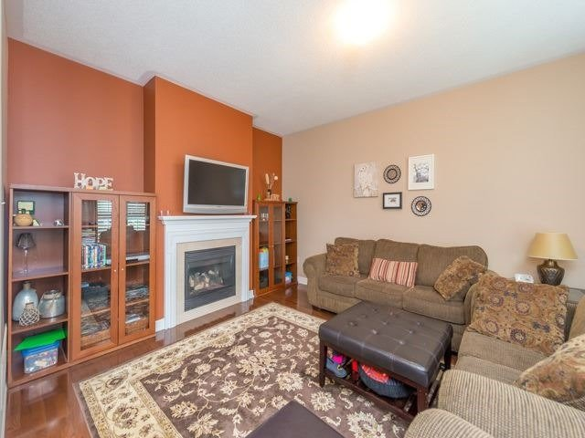 Detached at 64 Timber Valley Ave, Richmond Hill, Ontario. Image 18