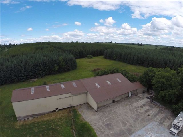 Detached at S14125 Lakeridge Rd, Brock, Ontario. Image 8