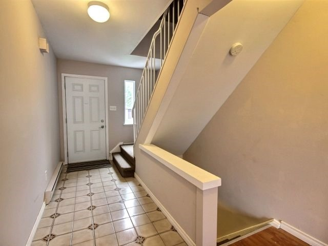 Condo Townhouse at 60 Porterfield Cres, Markham, Ontario. Image 12