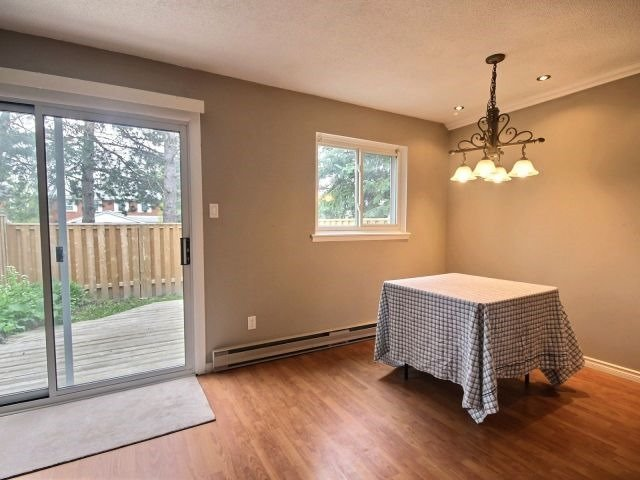 Condo Townhouse at 60 Porterfield Cres, Markham, Ontario. Image 14