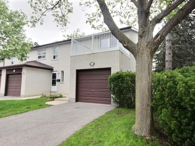 Condo Townhouse at 60 Porterfield Cres, Markham, Ontario. Image 11