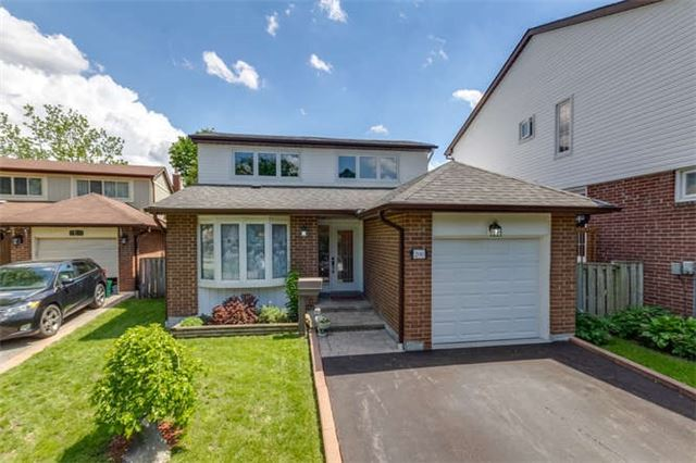 Detached at 206 Stephen St, Richmond Hill, Ontario. Image 12