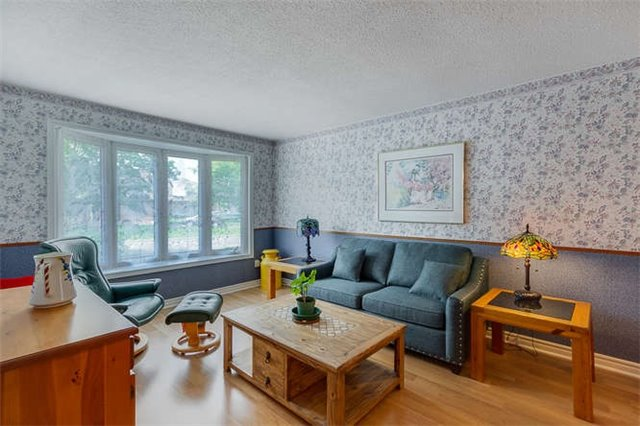 Detached at 206 Stephen St, Richmond Hill, Ontario. Image 14