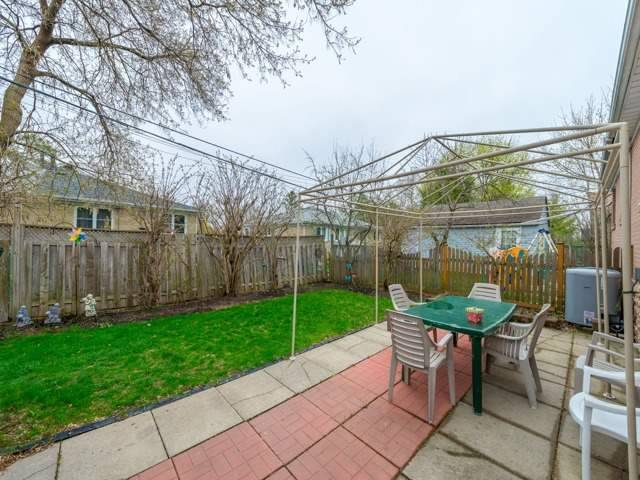 Semi-detached at 174 Taylor Mills Dr N, Richmond Hill, Ontario. Image 9