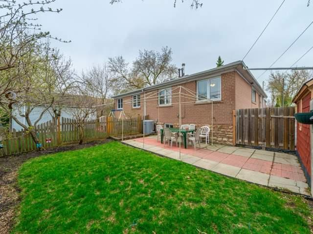 Semi-detached at 174 Taylor Mills Dr N, Richmond Hill, Ontario. Image 10