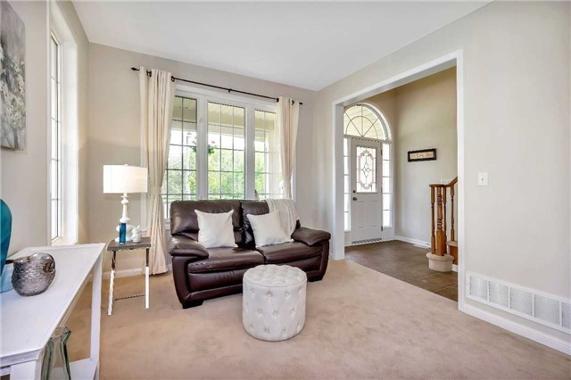 Detached at 306 Reeves Way Blvd, Whitchurch-Stouffville, Ontario. Image 16