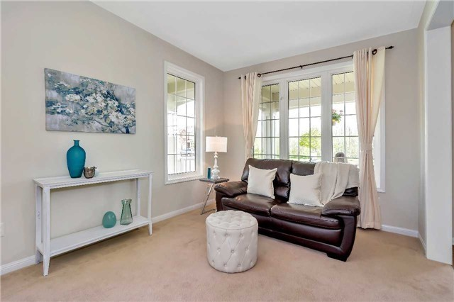 Detached at 306 Reeves Way Blvd, Whitchurch-Stouffville, Ontario. Image 17