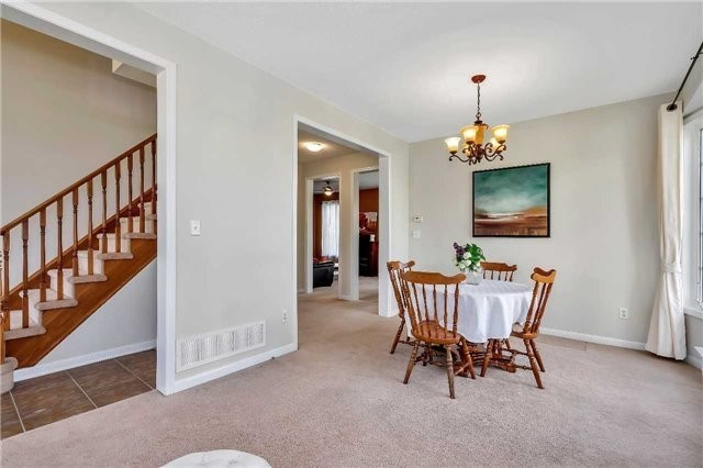 Detached at 306 Reeves Way Blvd, Whitchurch-Stouffville, Ontario. Image 18