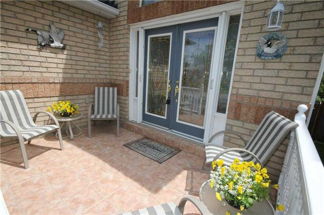 Detached at 1261 Forest St, Innisfil, Ontario. Image 15