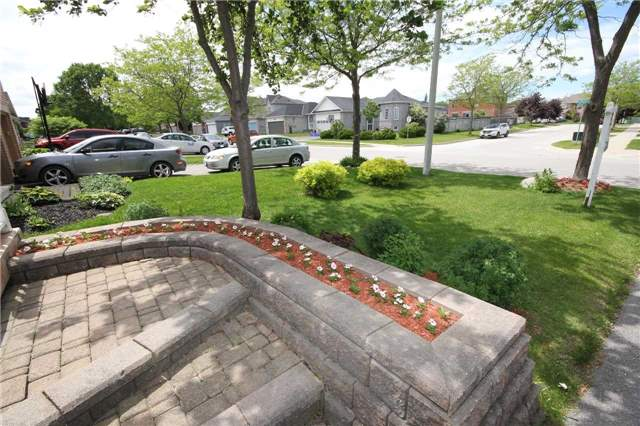 Detached at 1261 Forest St, Innisfil, Ontario. Image 16