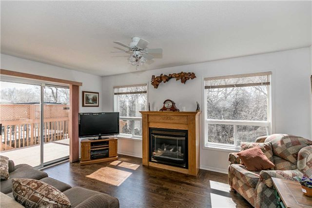 Detached at 1261 Forest St, Innisfil, Ontario. Image 4