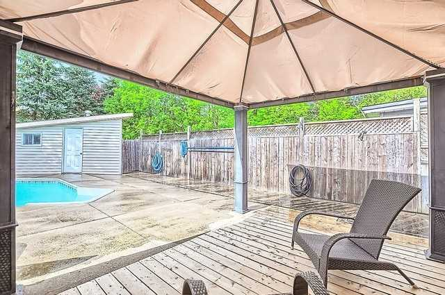 Detached at 680 9th Line, Innisfil, Ontario. Image 11