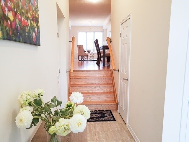 Townhouse at 43 Percy Reesor St, Markham, Ontario. Image 9