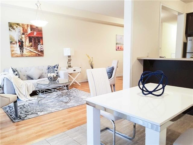 Townhouse at 43 Percy Reesor St, Markham, Ontario. Image 12