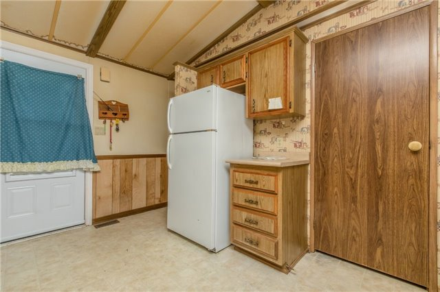 Mobile/Trailer at 4976 Sideroad 25 Rd, Unit #24, Essa, Ontario. Image 9