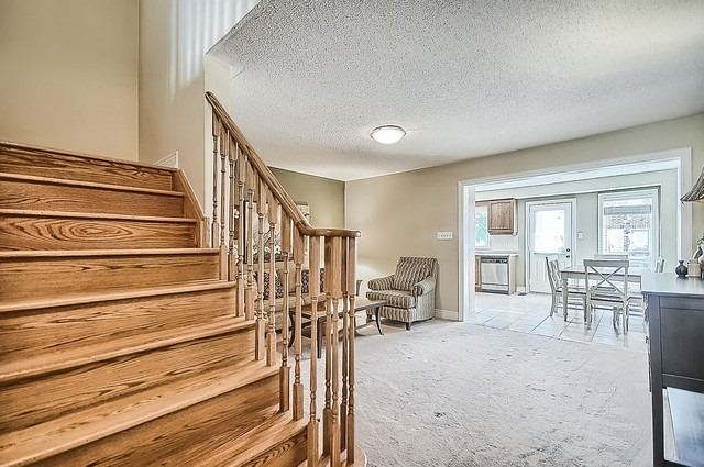 Townhouse at 76 Daws Hare Cres, Whitchurch-Stouffville, Ontario. Image 4