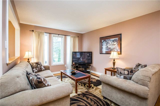 Detached at 1987 Kate Ave, Innisfil, Ontario. Image 10