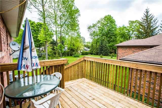Detached at 1987 Kate Ave, Innisfil, Ontario. Image 6