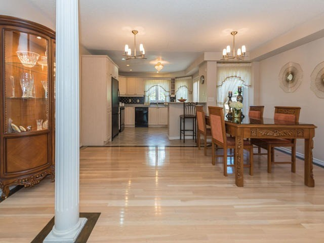 Townhouse at 6 Harmony Rd, Vaughan, Ontario. Image 16