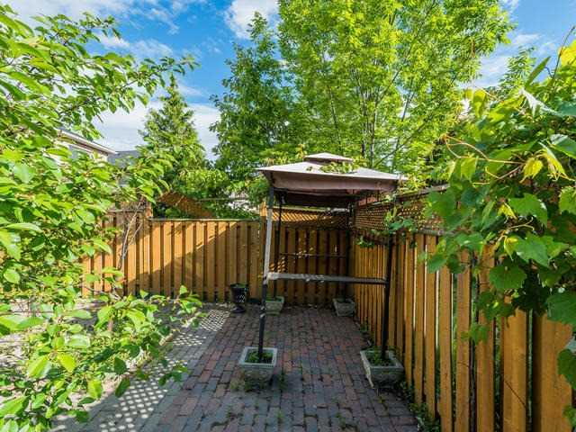 Townhouse at 6 Harmony Rd, Vaughan, Ontario. Image 11