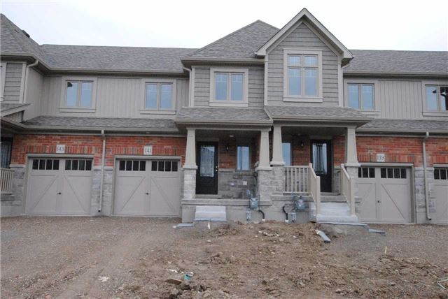 Townhouse at 141 Hutchinson Dr, New Tecumseth, Ontario. Image 1