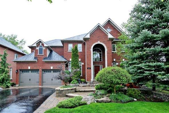 Detached at 602 Foxcroft Blvd, Newmarket, Ontario. Image 1