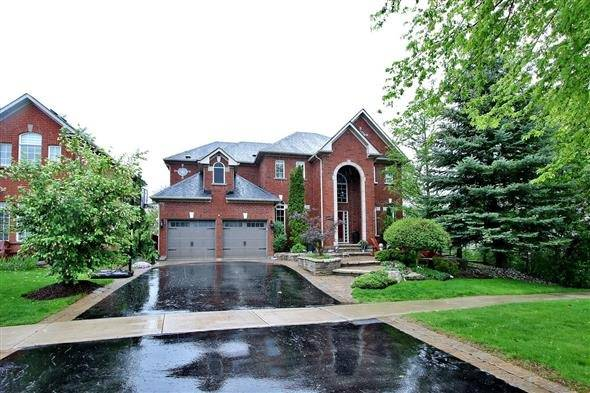 Detached at 602 Foxcroft Blvd, Newmarket, Ontario. Image 12