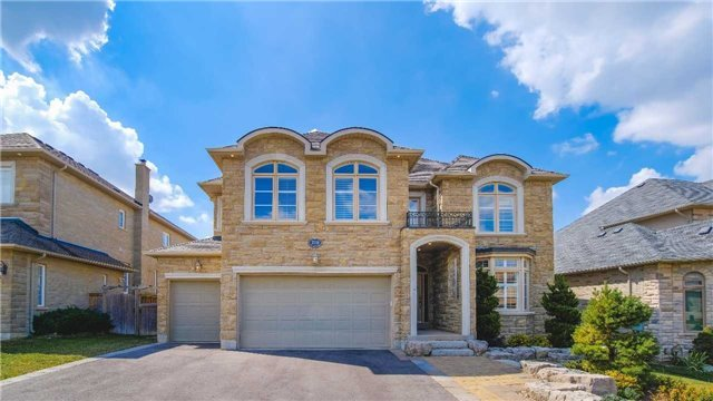 Detached at 218 Flamingo Rd, Vaughan, Ontario. Image 1