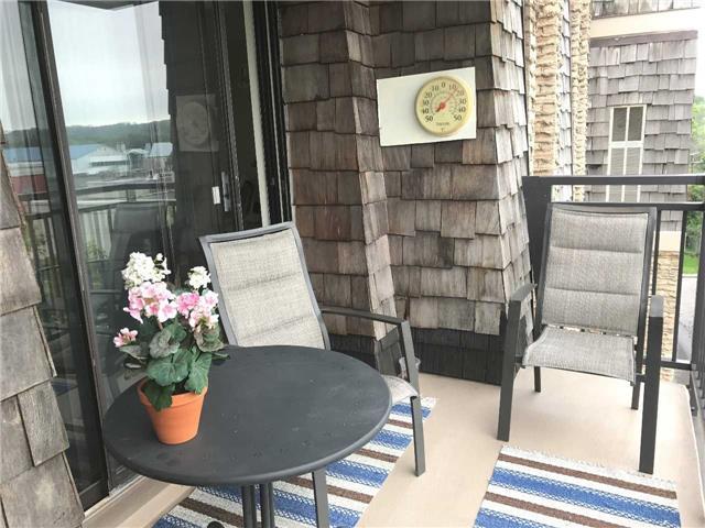 Condo Apartment at 15390 Yonge St, Unit 407, Aurora, Ontario. Image 17