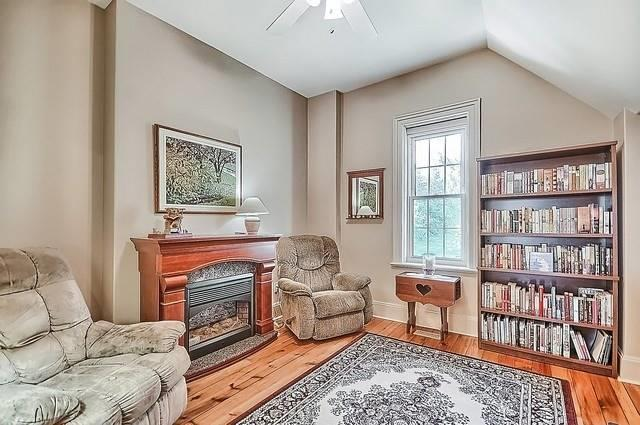 Detached at 13582 Ninth Line, Whitchurch-Stouffville, Ontario. Image 6