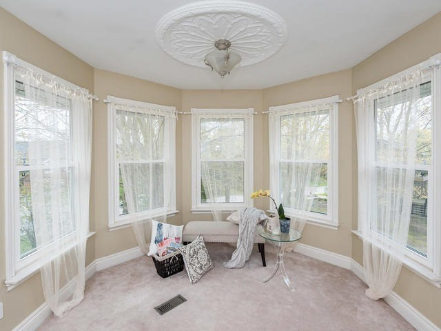 Detached at 6060 Hillsdale Dr, Whitchurch-Stouffville, Ontario. Image 4